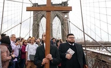 أمريكا المسيحية صليب - جيتي