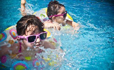 سباحة أطفال CCO