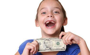 طفل مال دولار