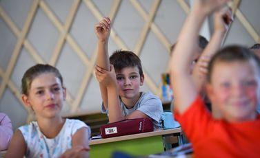 العودة للمدارس المدارس مدرسة طلاب أطفال - جيتي