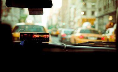 taxi-731334_1280